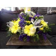 Sympathy Cemetery Flower Arrangement > Exclusive Plastic Tray >model 404