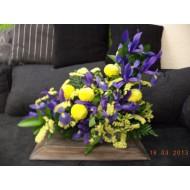 Sympathy Cemetery Flower Arrangement > Exclusive Plastic Tray >model 405