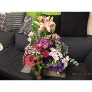 Sympathy Cemetery Flower Arrangement ( Exclusive Plastic Tray ) >model 408